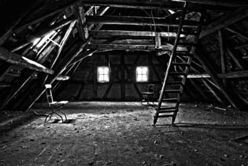 Dachboden verlassen