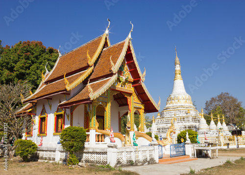 Chapel and white pagoda at Wat Luang in Pai, Mae Hong Son Thaila