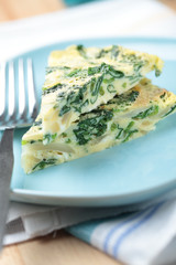 Frittata with spinach and onion