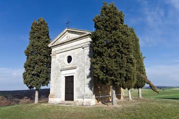 Toscana: Cappella di Vitaleta a S. Quirico d'Orcia (SI) 4