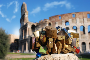 love locks in rome