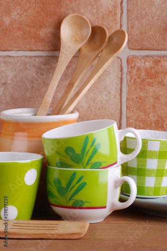 utensili da cucina in ceramica -due