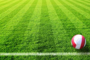 fussballfeld mit ball