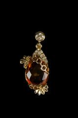 pendant closeup with big gem