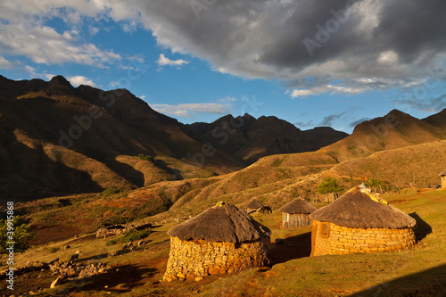 Village in a valley in beautiful light © pwollinga