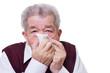 Senior mit Taschentuch