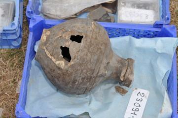 poterie romaine decouverte a chateaubleau en seine et marne