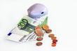 Am Geld festhalten oder ausgeben?