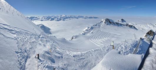 Winter panorama from Kitzsteinhorn peak in the Kaprun ski resort