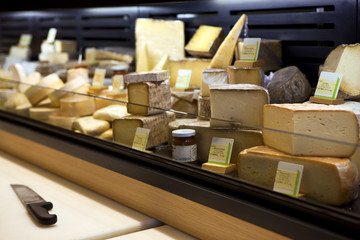 Fromage, fromager, crémier, crémerie, magasin, aliment