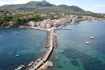 vista del porto dal castello aragonese