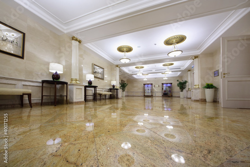 Light hall with pictures in Hotel - 40071255