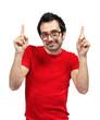 ragazzo maglietta rossa indica