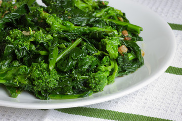 Italian Broccoli Rabe with Olive Oil and Garlic