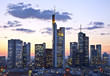 Leinwandbild Motiv Frankfurt in der Dämmerung