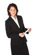 Frau im Businesslook hält einen Brief in der Hand