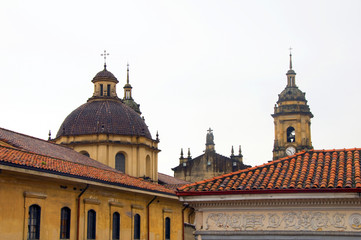 architecture historic district rooftops church La Candelaria Bog
