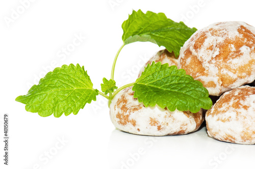 gingerbread and Peppermint leaves, isolated on white