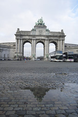 Brussels - Triumphal arch reflection