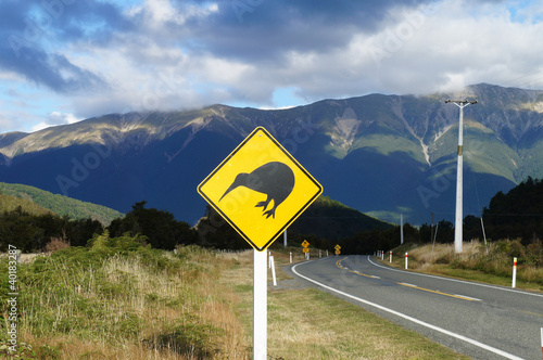 Kiwi sign by the road in New Zealand