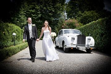 macchina e sposi