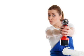 handwerkerin mit akkuschrauber