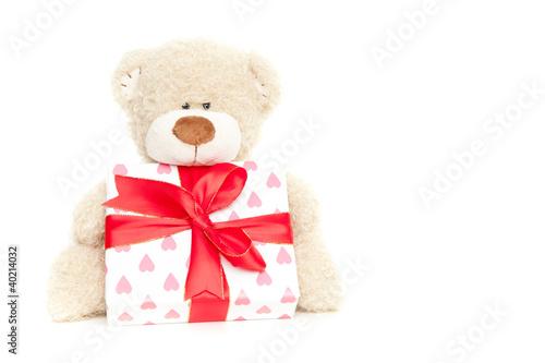bär mit geschenk