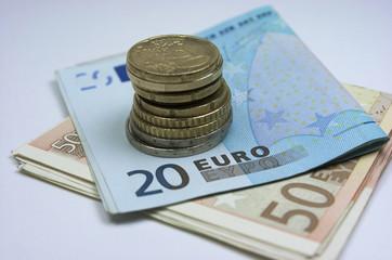Efectivo, euros, billetes y monedas