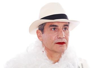 portrait d'un homme maquillé