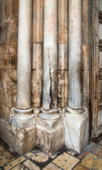 Columns at an input in Church of the Resurrection