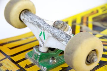 monopatin ejes y ruedas