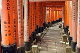 fushimi inari torii - 40301046