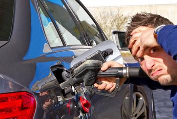 Hohe Benzinpreise !
