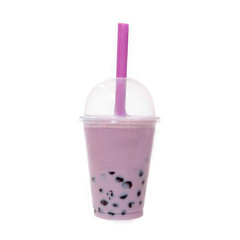 Bubble Tea lila mit Tapiokaperlen © StefanieBaum