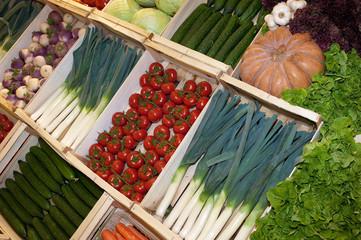 Présentation de légumes en cagette.