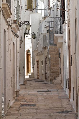 Alleyway. Cisternino. Puglia. Italy. © Mi.Ti.