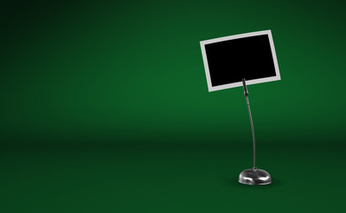 Fotoclip Silber vor grünem Hintergrund 2
