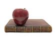 яблоко и книга