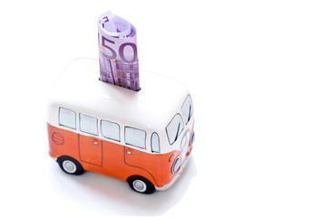 Furgoneta hucha con billete de 500 euros