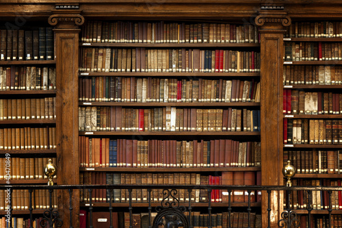 Leinwandbild Motiv Library books