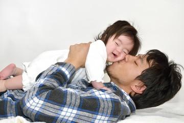 キスされる赤ちゃん