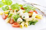 Pasta Caprese Salat