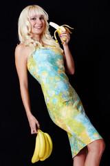 Blonde Frau mit Banane II.