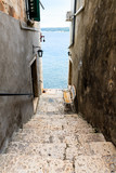 Fototapety Narrow Stairway to Sea in Rovinj, Croatia