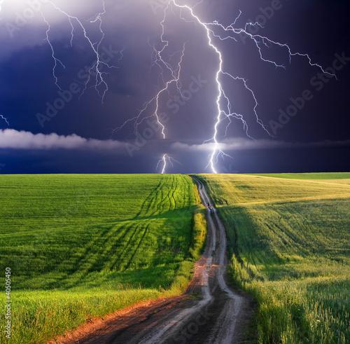 Fototapete Naturkatastrophe - Hochwasser - Gewitter - Erdbeben - Dürre - Wandtattoos - Fotoposter - Aufkleber