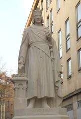 Metz - Statue de St Louis rénovée