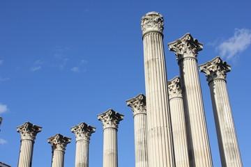 Columnas de un antiguo templo romano en Córdoba - España