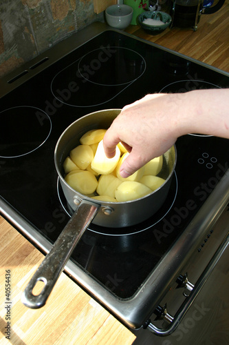 potatoes cooking saucepan