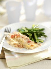 Salmon with mascarpone and asparagus