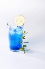 Blue Moon (Blue Curacao cocktail)